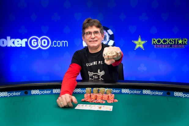 Article image for: STEVE ALBINI WINS EVENT #31, $1,500 SEVEN CARD STUD