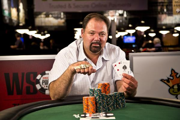 Article image for: FORMER MARINE TED GILLIS WINS EVENT 19 - $1,500 NLH