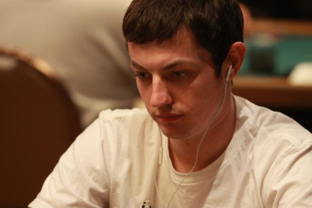 Tom Dwan Advances in the $25,000 Heads-Up