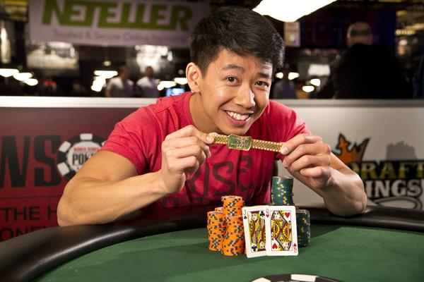 TOMMY HANG GETS REDEMPTION AND WINS A BRACELET