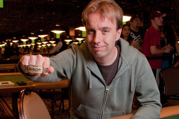 Article image for: DUTCH PHYSICIST MARCEL VONK OUTLASTS FIELD OF 3,844 TO WIN WSOP BRACELET AND $570,960