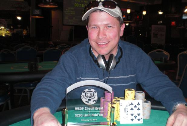 Article image for: With Rooting Help From His Friends, Tom Wentzel Wins Horseshoe Council Bluffs Circuit Event #2