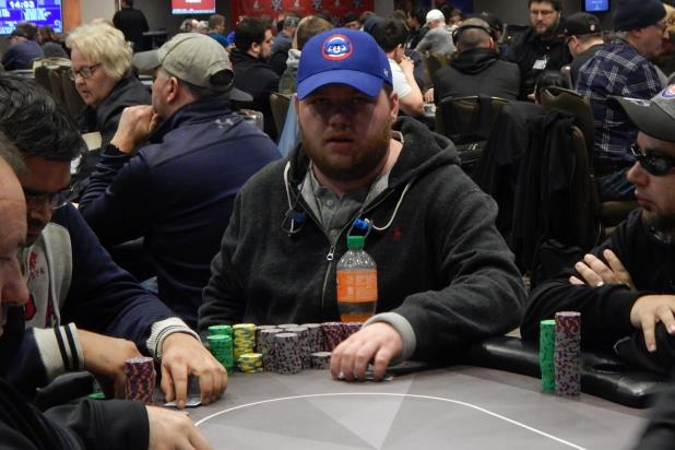 Article image for: WALTER PUTERBAUGH BAGS DAY 1B CHIP LEAD - 99 PLAYERS REMAIN