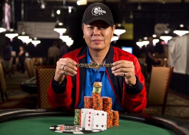Article image for: YOUNG JI SCOOPS THE PLO HI-LOW BRACELET, POCKETS $231K