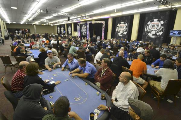 Article image for: 2012-13 WSOP CIRCUIT ACTION UNDERWAY IN BILOXI