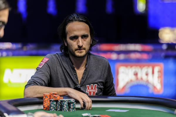 DAVIDI KITAI WINS SIX-MAX, EARNS THIRD GOLD BRACELET