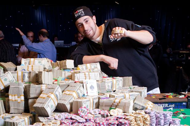 Article image for: JONATHAN DUHAMEL WINS 2010 WSOP MAIN EVENT CHAMPIONSHIP