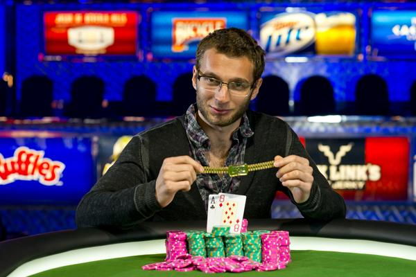 Article image for: ISAAC HAGERLING BESTS MAX STEINBERG FOR MIXED MAX BRACELET