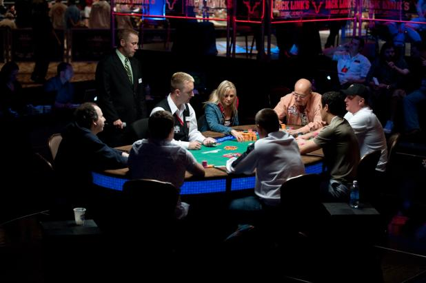 Final Table of the Seven Card Stud Hi-Lo Championship