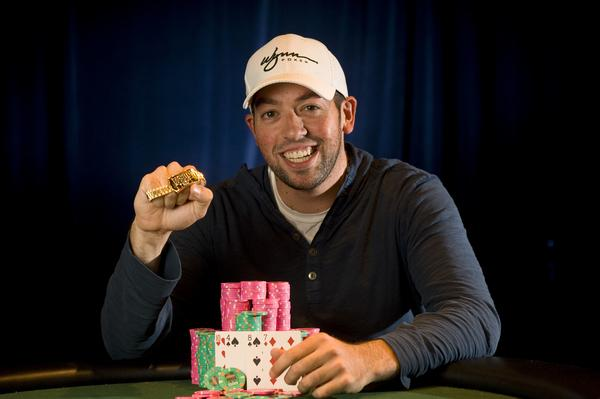 STEVE GROSS EARNS BREAKTHROUGH WSOP VICTORY