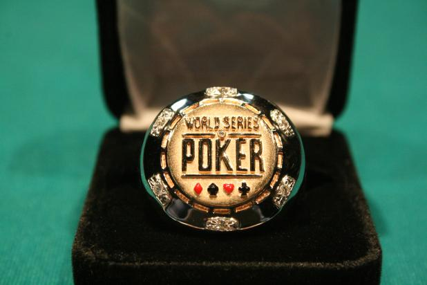 Article image for: ROTHFOLK AND SANDERS TAKE BIG STACKS TO TUNICA FINAL TABLE