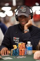 Imari Love continues to rake in chips on day 4.