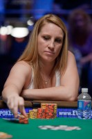Holly Hodge places the pressure on her opponents at the final table.