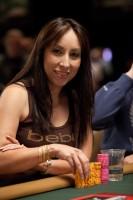 Karina Jett-s her way onto the final table