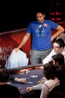 Roland de Wolfe stands for a bit at the final table.