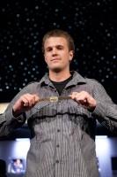 Steven Kelly with his first WSOP bracelet.