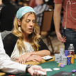 Maria Mayrinck burst the money bubble, eliminating 2 players