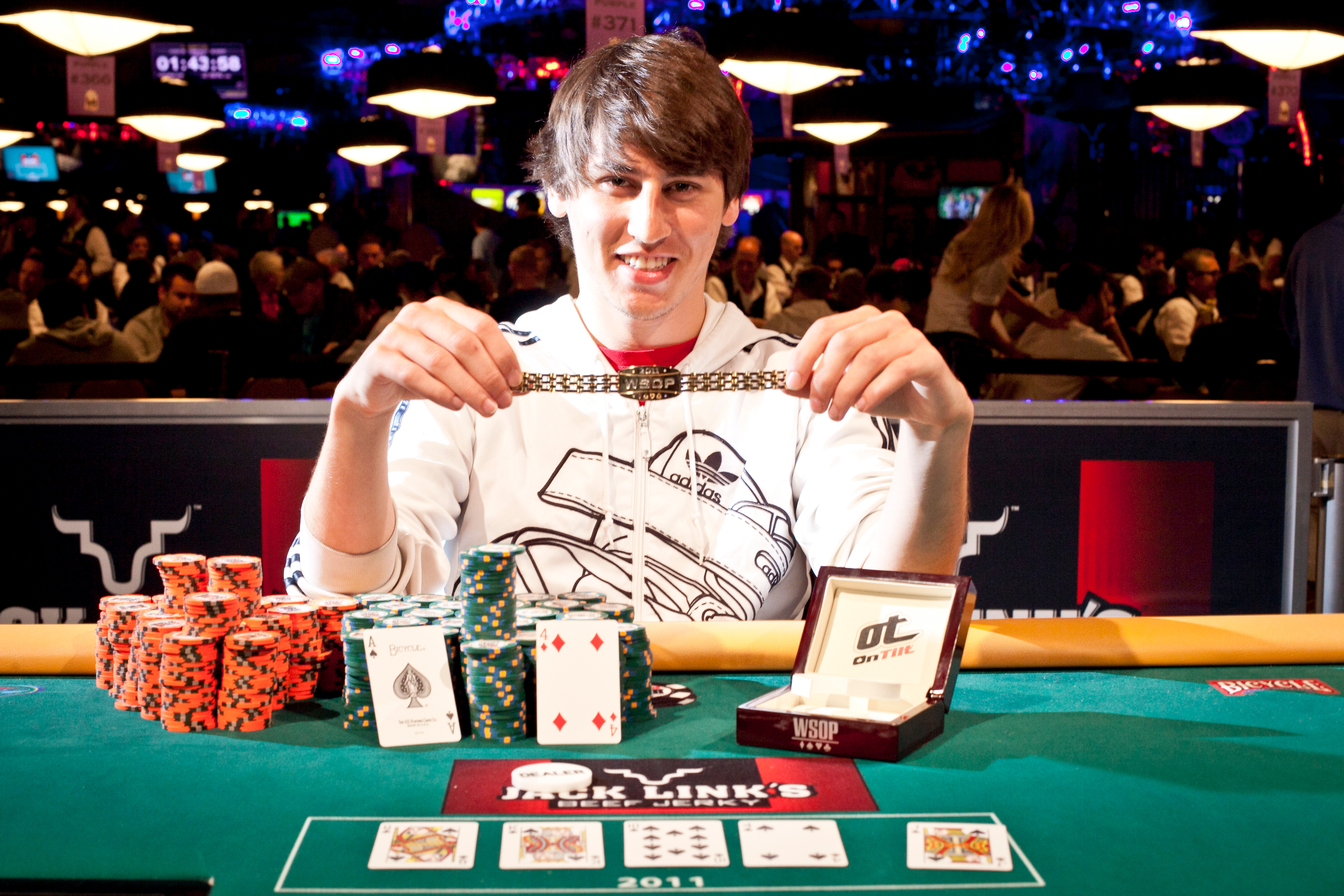 Defend blackjack latex gloves
