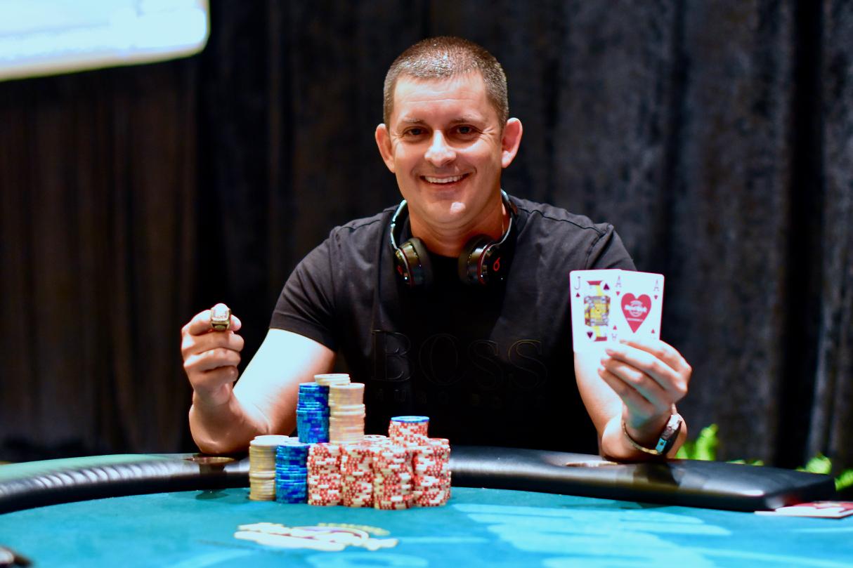 Multi flight poker